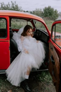 The Dos and Don'ts of Buying a Wedding Gown